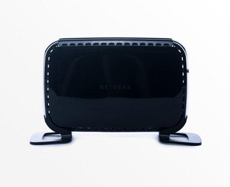 refurbished - ShopKeep's Netgear WN2500RP Wireless Range Extender, front view