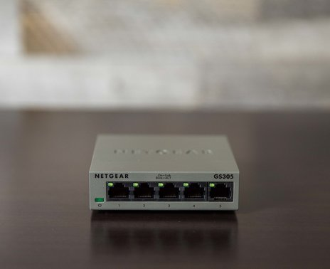 ShopKeep's 5 Port Ethernet Switch, front view